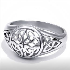 Size 5 Sterling Silver Ring Celtic